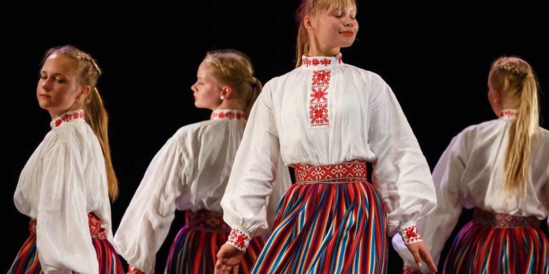 Tanssiesitys Pispalan Sottiisi-festivaaleilla